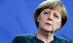 Η Μέρκελ πετάει ξανά το μπαλάκι στην Ελλάδα: Οφείλει να βρει διέξοδο από την κρίση
