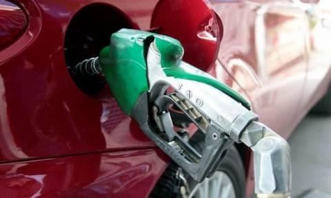 Capital controls: Υπάρχει επάρκεια - Δεκτές οι πιστωτικές κάρτες στα βενζινάδικα