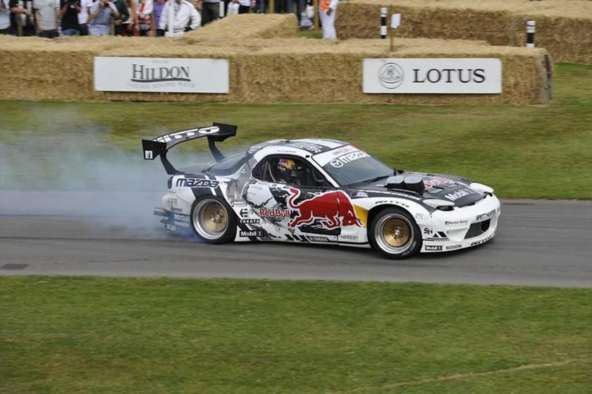 Mad Mike Whiddett με το τετραρότορο με διπλό Turbo RX7. Ο ήχος ήταν κάτι το εξωπραγματικό