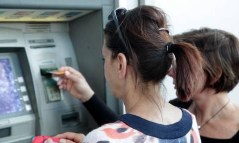 Δημοψήφισμα – Reuters: Οι τράπεζες μπορεί να ανοίξουν ξανά την Πέμπτη