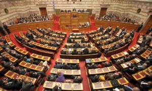 Βουλή: Αποχώρησε από την Ολομέλεια η ΝΔ μετά από έντονη αντιπαράθεση με την πρόεδρο