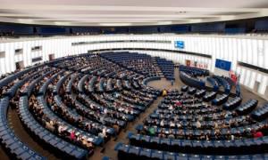 Δημοψήφισμα-Έκκληση του Ευρωπαϊκού Κοινοβουλίου να αρχίσουν ξανά οι διαπραγματεύσεις για την Ελλάδα