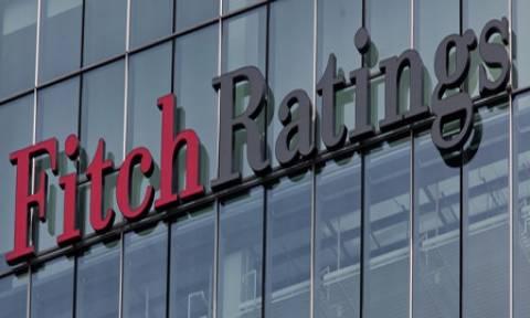Fitch: Υποβάθμισε σε καθεστώς περιορισμένης χρεοκοπίας τις ελληνικές τράπεζες