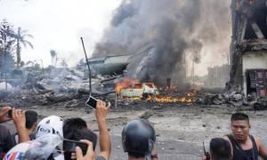 Ινδονησία: Τους 38 έφτασαν οι νεκροί από τη συντριβή στρατιωτικού αεροσκάφους