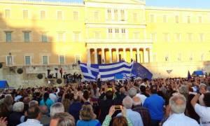 Süddeutsche Zeitung: «Να' ναι καλά οι Έλληνες»