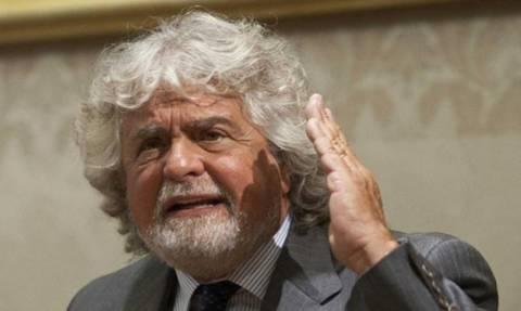 Δημοψήφισμα: Στην Αθήνα την Κυριακή ο Μπέπε Γκρίλο