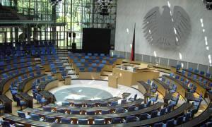 Δημοψήφισμα: Στις 14:00 συνεδριάζει η Μπούντεσταγκ για την Ελλάδα
