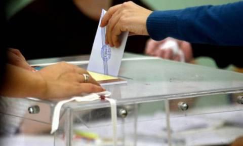Δημοψήφισμα 2015 - Reuters: Δεν ακυρώνει το δημοψήφισμα η κυβέρνηση