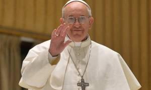 Διαβεβαιώσεις του Πάπα  ότι βρίσκεται κοντά στον ελληνικό λαό