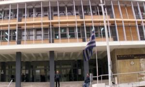 Θεσσαλονίκη: Καταδικάστηκαν αστυνομικοί για προστασία καταστήματος