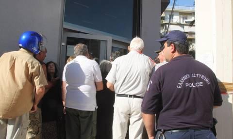 Σε αστυνομικό κλοιό οι τράπεζες για την προστασία των συνταξιούχων