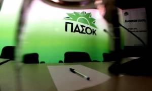 Δημοψήφισμα 2015: «Μπράβο Yanis» - Το ΠΑΣΟΚ ειρωνεύεται τον Γ. Βαρουφάκη