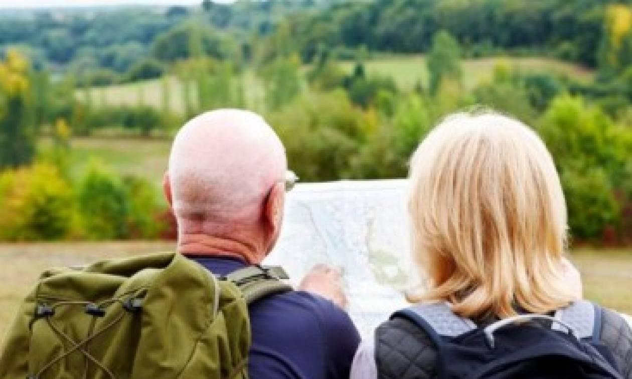 Γερμανοί τουρίστες έγραψαν σε απόδειξη: Συγγνώμη για την κυβέρνησή μας