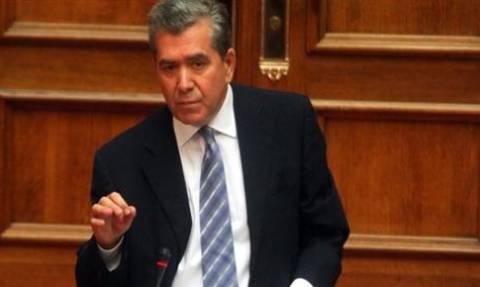 Δημοψήφισμα-Μητρόπουλος: Κανένα ενδεχόμενο αποχώρησης της κυβέρνησης μετά το δημοψήφισμα