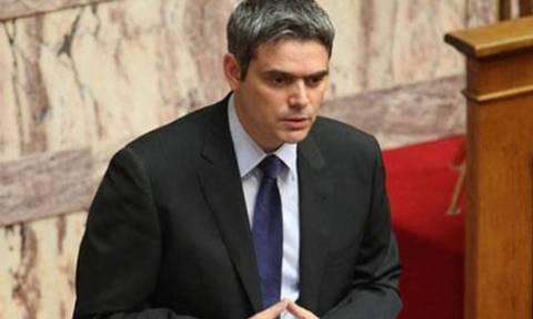 Δημοψήφισμα – Καραγκούνης: Η Ελλάδα καίγεται κι ο Τσίπρας παραληρεί