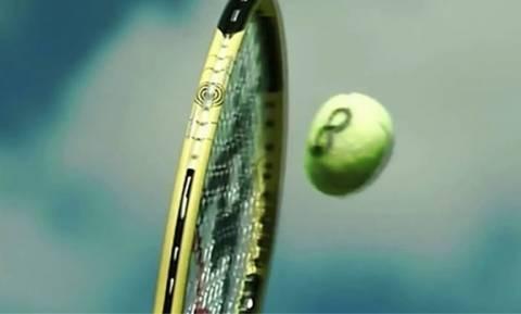 Μοναδικό βίντεο: Πως αντιδρά μια μπάλα του τένις σε σερβίς με 228 χλμ/ώρα