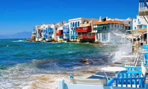 Ιταλία: «Oι τουρίστες δεν τρομάζουν- Έκρηξη κρατήσεων για το καλοκαίρι στην Ελλάδα»