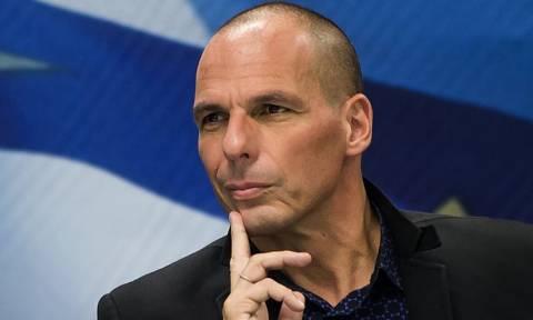 Δημοψήφισμα 2015 – Βαρουφάκης: Το ΔΝΤ συμφωνεί με μία κυβέρνηση που προσπάθησε να καταστρέψει