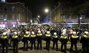 Mass arrests in The Hague as clashes over death in police custody continue