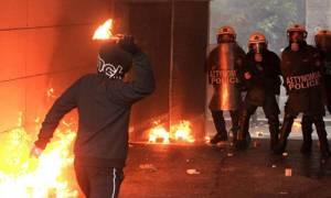 Επεισόδια και συλλήψεις τα ξημερώματα του Σαββάτου (4/7) στα Εξάρχεια