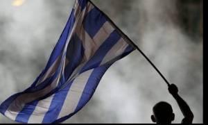 Δημοψήφισμα 2015 - Οι Έλληνες ζουν με δανεικά και πληρώνουν το τίμημα με λιτότητα