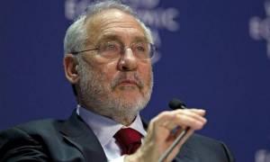 Δημοψήφισμα - Στίγκλιτς: Να ψηφίσουν «Όχι» οι Έλληνες την Κυριακή