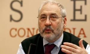 Δημοψήφισμα: Ο Στίγλιτς καλεί τους Έλληνες να ψηφίσουν «ΟΧΙ»
