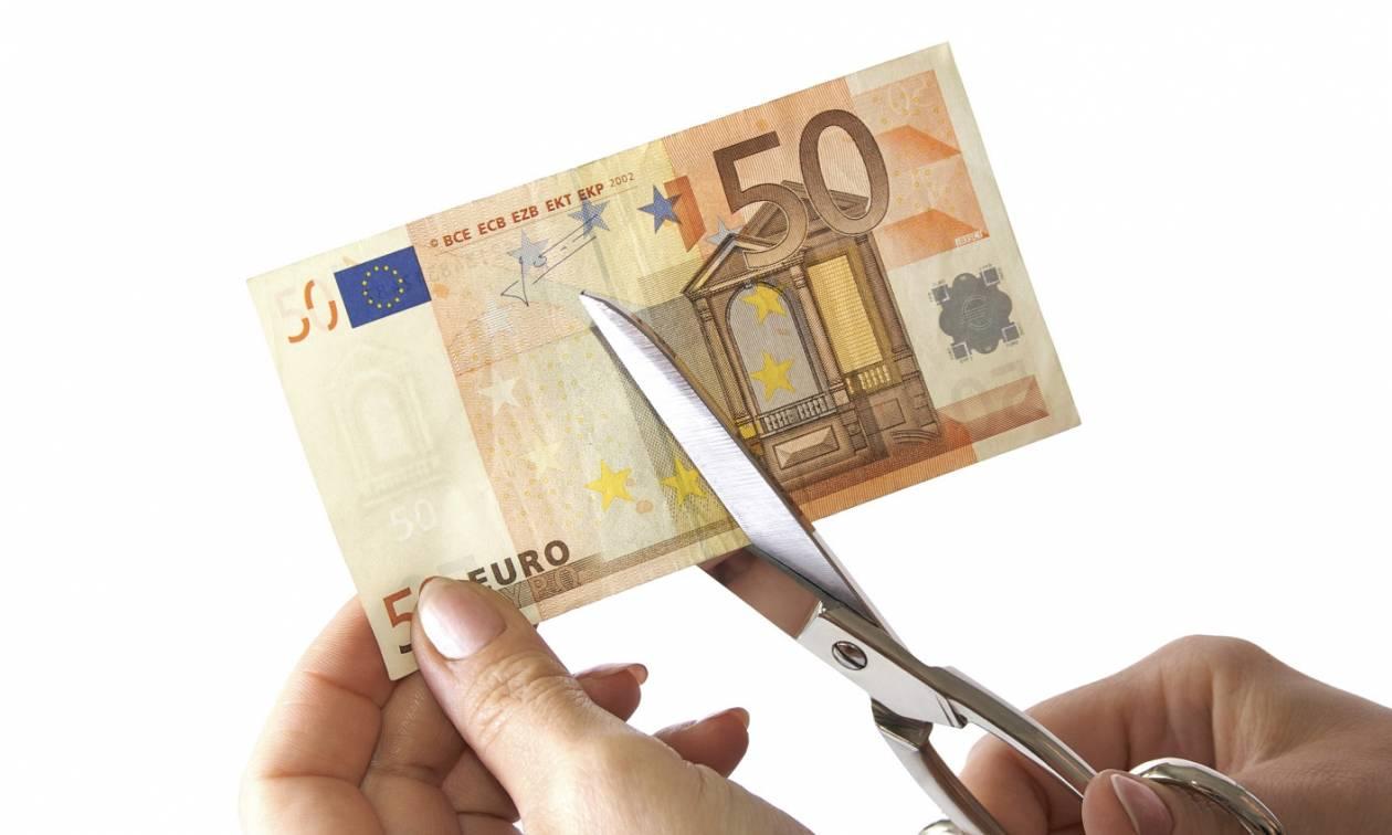 Telegraph: Η Ελλάδα χρειάζεται ελάφρυνση του χρέους άμεσα