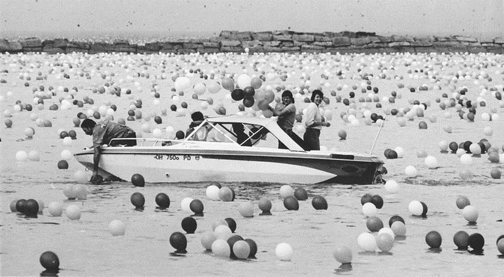 Υπερθέαμα από το…1986! Μπαλόνια παντού! (photos)