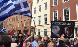 Δημοψήφισμα: Μεγάλες διαδηλώσεις υπέρ του «όχι» σε Δουβλίνο και Λονδίνο (video & pics)