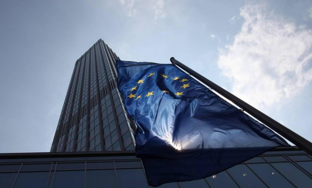 Capital Controls: Την Κυριακή σύσκεψη στο ΥΠΟΙΚ, τη Δευτέρα συνεδριάζει η ΕΚΤ