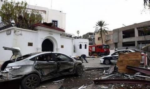 Λιβύη: Έξι νεκροί και 10 τραυματίες από έκρηξη παγιδευμένων αυτοκινήτων