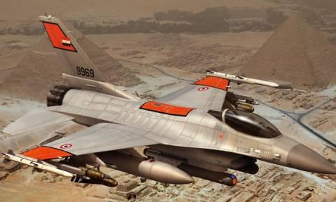 Δεκάδες τζιχαντιστές νεκροί σε επιδρομές της αιγυπτιακής Αεροπορίας