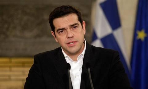 Δημοψήφισμα 2015 - Ψηφίζει σε λίγη ώρα ο Αλέξης Τσίπρας