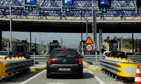 Δημοψήφισμα 2015: Ελεύθερα τα διόδια σε Αττική οδό και αυτοκινητοδρόμους