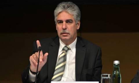 Δημοψήφισμα 2015 - Σέλινγκ: Προπαγανδίζει υπέρ του ναι παρεμβαίνοντας ευθέως στα εσωτερικά της χώρας