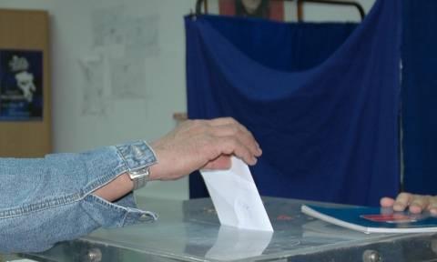 Αποτελέσματα δημοψηφίσματος 2015: Τα αποτελέσματα στην Επικράτεια στο 51,05%