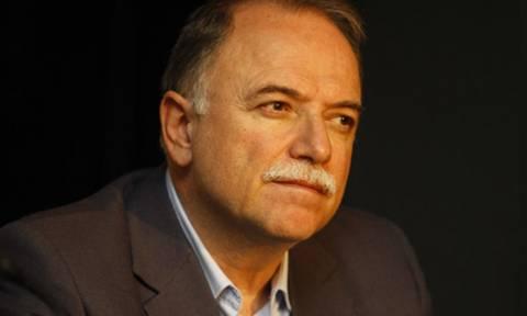 Παπαδημούλης: Οι Έλληνες θέλουν να παραμείνουμε στην ΕΕ ως ισότιμος έταιρος
