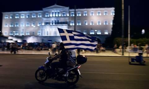 Αποτελέσματα δημοψηφίσματος - Le Monde: Η τύχη της Ευρώπης περνάει μέσα από την Αθήνα