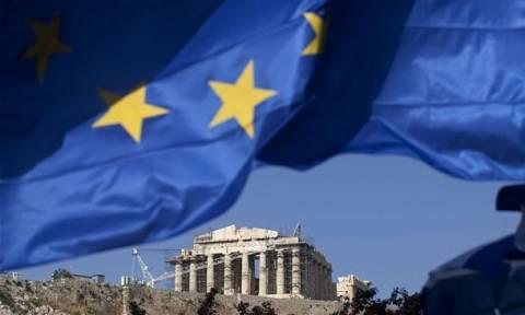 Αποτέλεσμα δημοψήφισμα 2015 - Guardian: Λιγότερο μαστίγιο και περισσότερο καρότο στην Ελλάδα