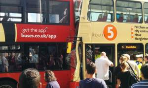 Λονδίνο: Σύγκρουση λεωφορείων - Πολλοί τραυματίες