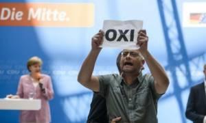 Δημοψήφισμα 2015: Η... ξεκαρδιστική αντίδραση της Μέρκελ όταν έμαθε το αποτέλεσμα! (pic)