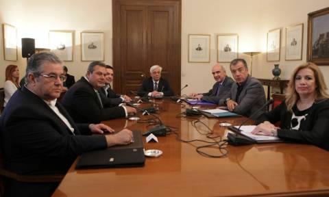 Επανεκκίνηση των διαπραγματεύσεων αποφάσισαν οι πολιτικοί αρχηγοί