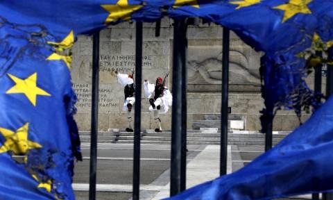 Τρομολαγνείας συνέχεια - FT: Αναζητούνται τρόποι «νομιμοποίησης» του Grexit