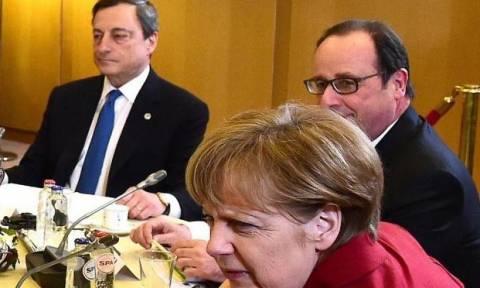 Πυρετώδεις διαβουλεύσεις σε Παρίσι και Βρυξέλλες για την Ελλάδα