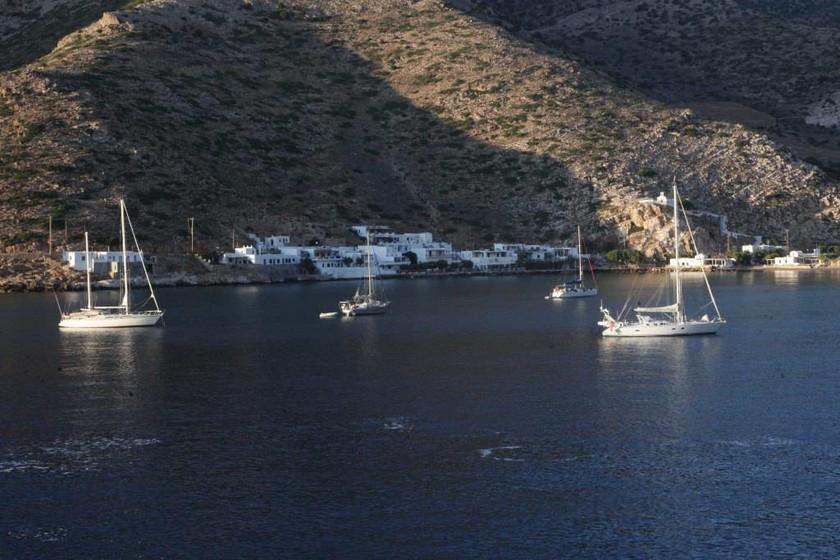 Αυτό είναι το «μυστικό» νησί που επιλέγουν οι Αθηναίοι για τις διακοπές τους