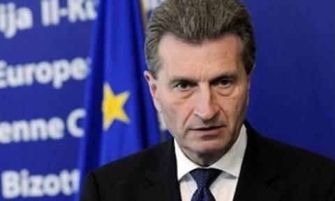 Κινδυνολογία Έτινγκερ για παράλληλο νόμισμα στην... «αφερέγγυα» Ελλάδα
