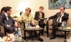 Σύνοδος Κορυφής: Τριμερής συνάντηση Τσίπρα – Μέρκελ – Ολάντ