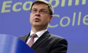Ντομπρόβσκις: Ελπίζουμε η Ελλάδα να μας παρουσιάσει το σχέδιό της