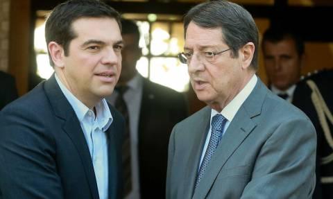 Ο Αναστασιάδης στήριξε την θέση του Τσίπρα για εξέταση της βιωσιμότητας του χρέους